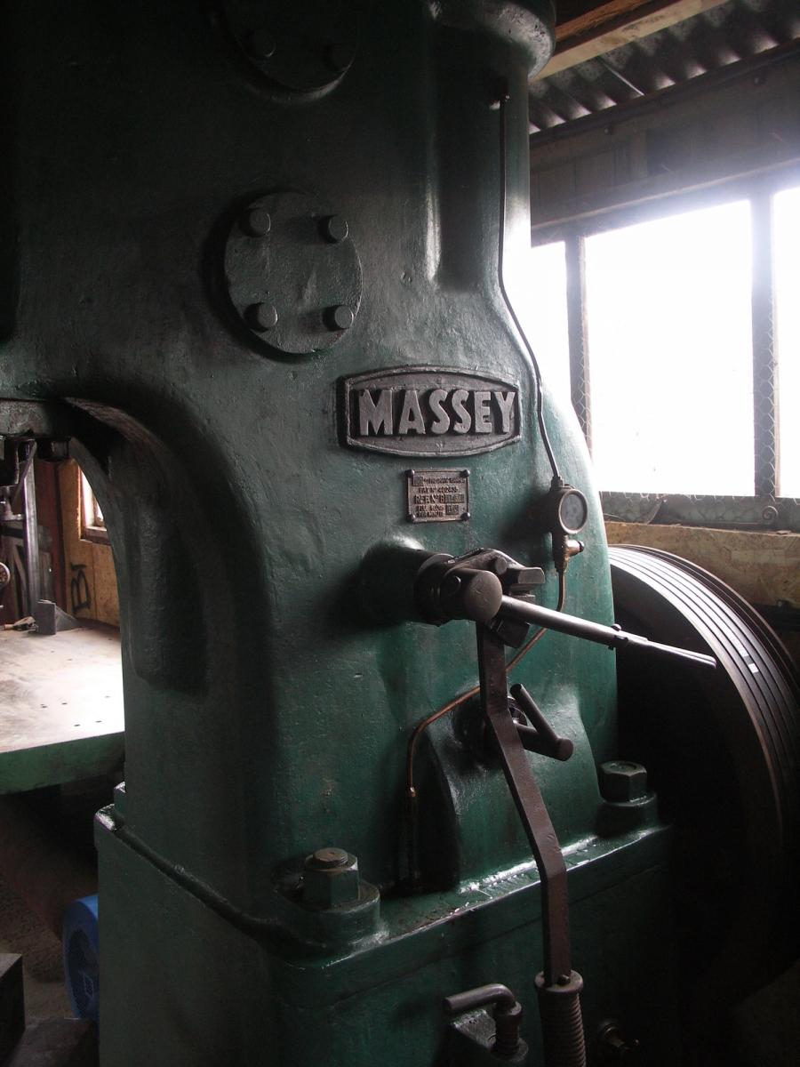 3-cwt-massey-hammer-05