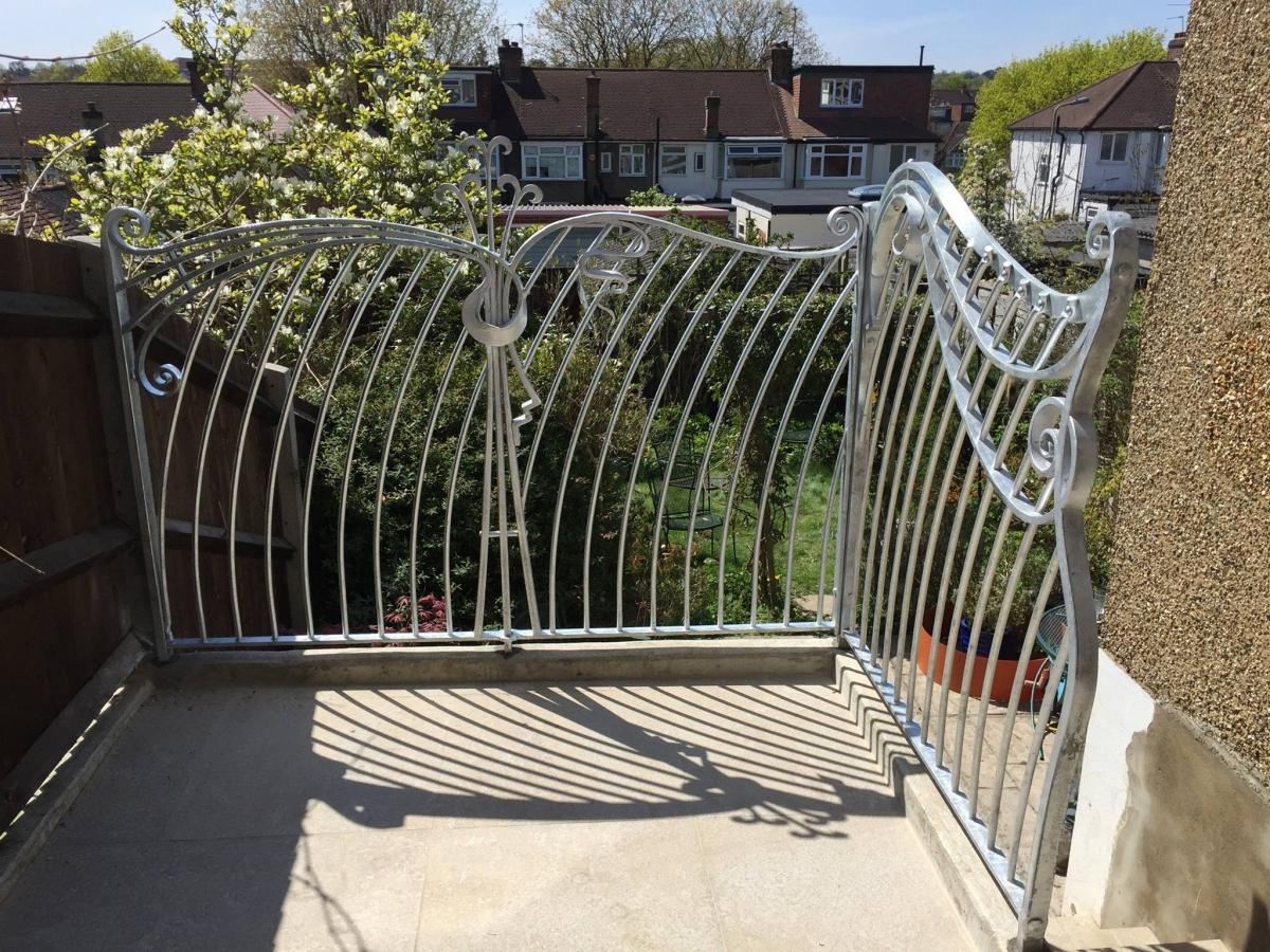art-nouveau-railing-02