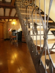 hop-staircase-oast-house-990