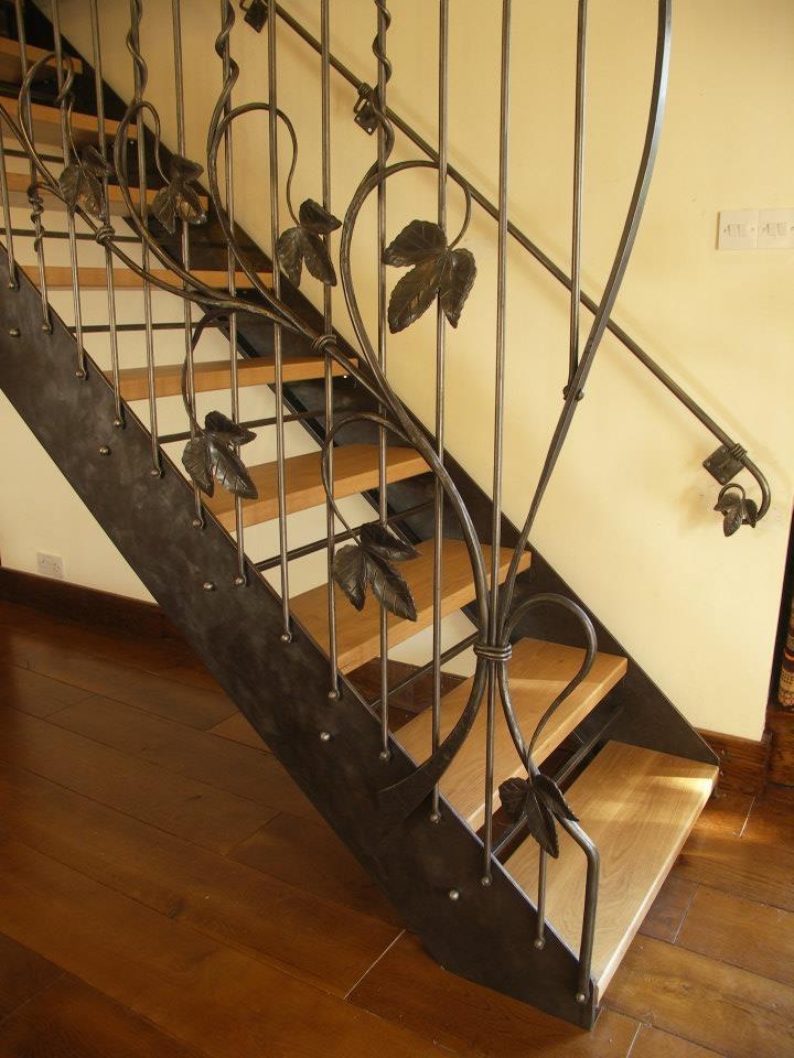 hop-staircase-oast-house-987