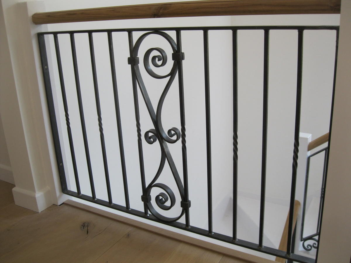 scroll-railing-4974